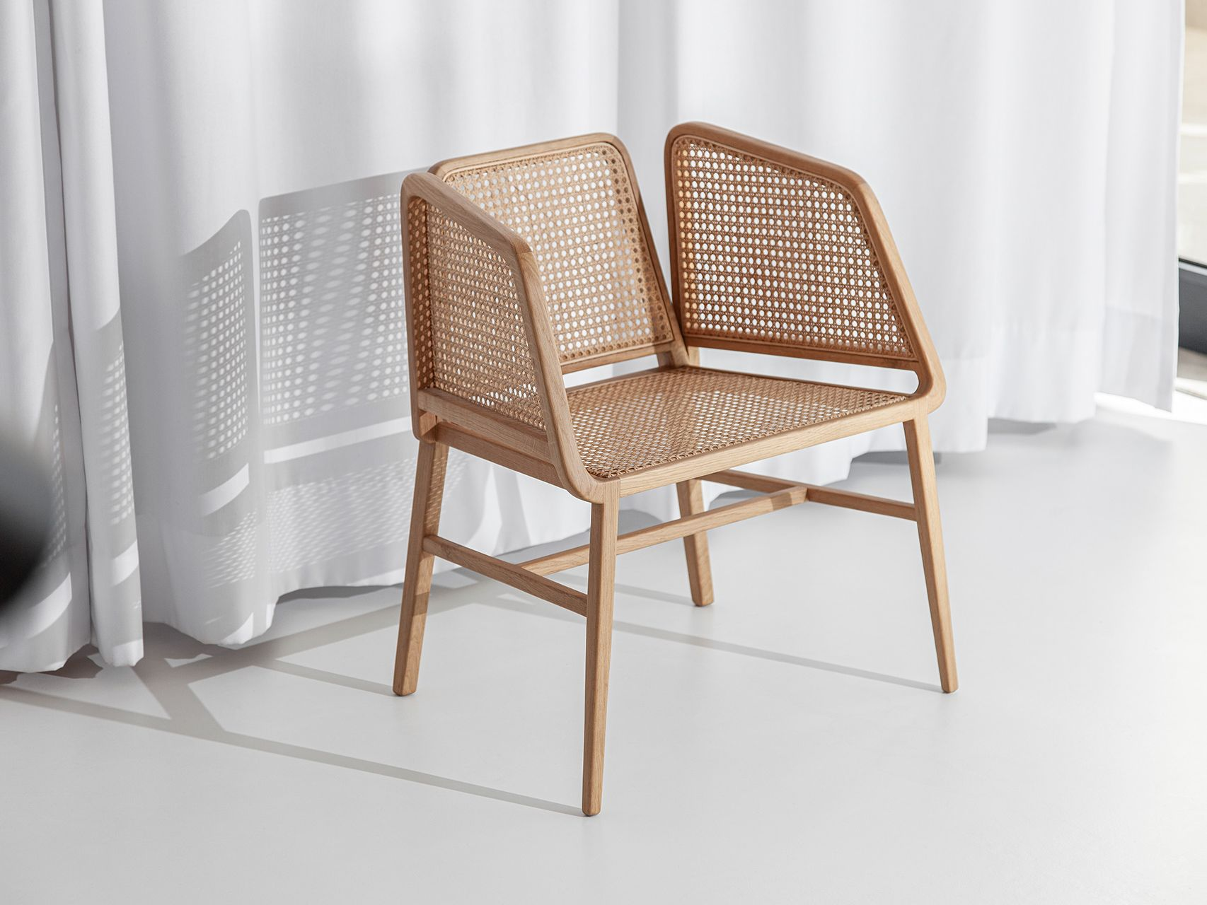 Bee Chair 02 - OWN